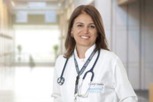 Anadolu Sağlık Merkezi Enfeksiyon Hastalıkları Uzmanı Doç. Dr. Elif Hakko, 3. doz aşı süreciyle ilgili en çok merak edilen 10 soruya yanıt verdi:
