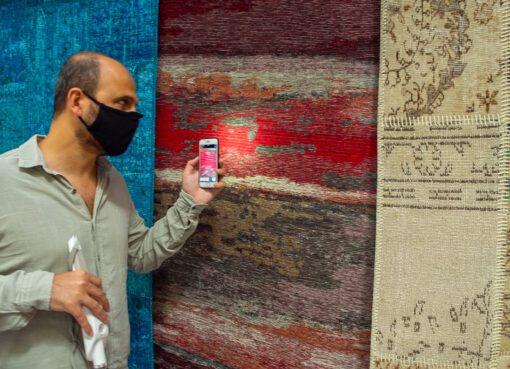 Microsoft'tan görme engellilere yapay zekalı Seeing AI