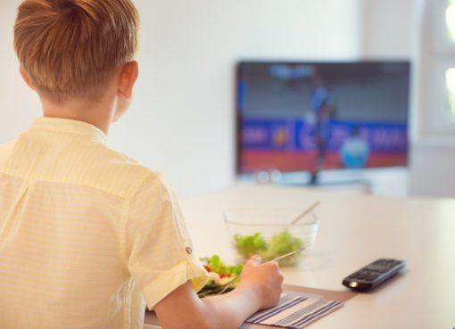 Pandemide online eğitim, obezite nedenleri arasına girebilir