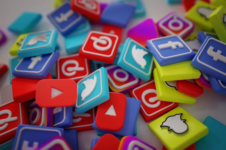Sen ölünce sosyal medya hesabın da ölüyor mu?