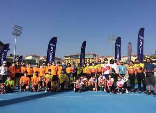 """Oral-B, puanlı triatlon yarışları ile """"Gücüne Güç Kat""""tı"""