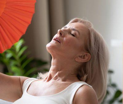 Sıcak basmasından uykusuzluğa bir çok belirtisi var ama…