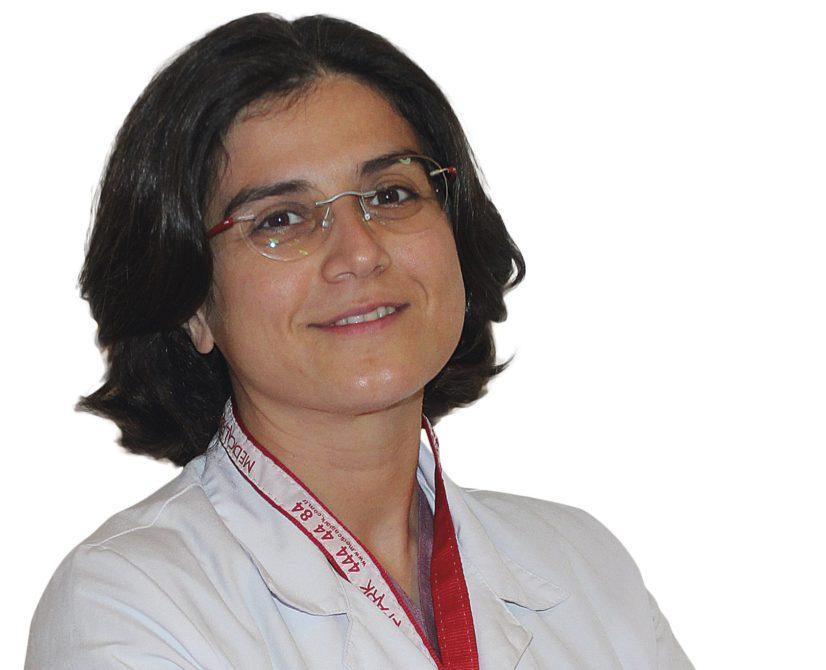 Göğüs Cerrahisi Uzmanı Doç. Dr. Hatice Eryiğit Ünaldı, verem hastalığından korunmak için BCG aşısının yapılmasının gerektiğini vurguladı.