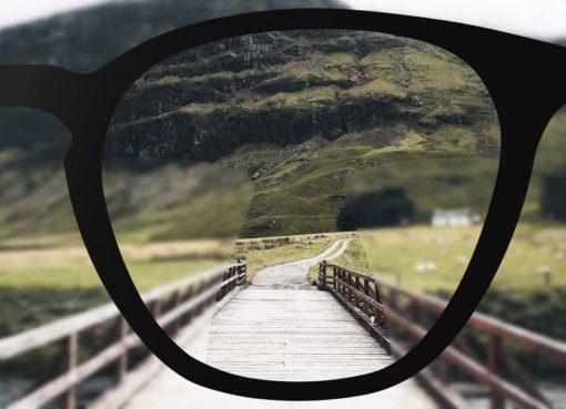Doktorunuzun da önerisiyle progressive gözlük camı size uygun olanıdır, alışınca çok konforlu olduğunu göreceksiniz ve mutlu kullanacaksınız.