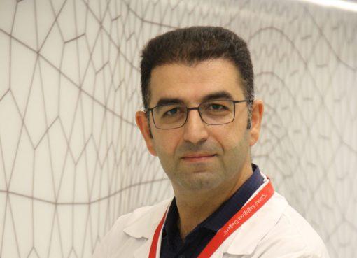 Genel Cerrahi Uzmanı Doç. Dr. Ömer Uslukaya, paratiroit hastalıklar ve tedavi yöntemleri hakkında önemli bilgiler verdi, açıklamalar yaptı.