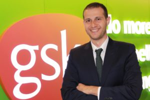 Mehmet Aslantaş, 1 Mart 2021 itibarıyla Ürün & Portföy Strateji Direktörü olarak şirket genel merkezi İngiltere GSK House'da görev alacak.