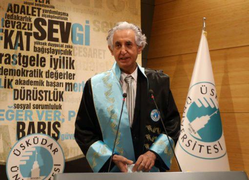 Bütün ömrünü öğrencileriyle hastalarına adayan merhum Prof. Dr. Cemil Taşcıoğlu, Türkiye'de koronavirüs nedeniyle hayatını kaybeden ilk hekim.