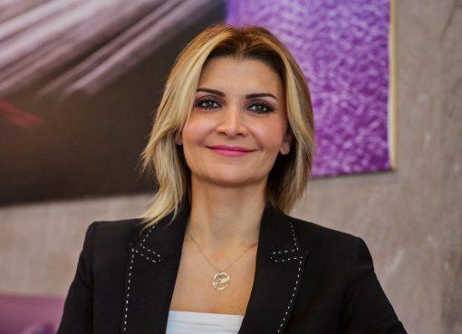 OPET, her istasyonunda en az iki kadın hedefiyle başlattığı Kadın Gücü Projesi'yle sektöründe de köklü bir değişime öncülük etti...