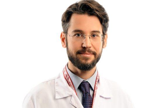 Plastik, Rekonstrüktif ve Estetik Cerrahi Uzmanı Doç. Dr. Musa Kemal Keleş, gebelik sonrası estetiği konusunda merak edilenleri anlattı.