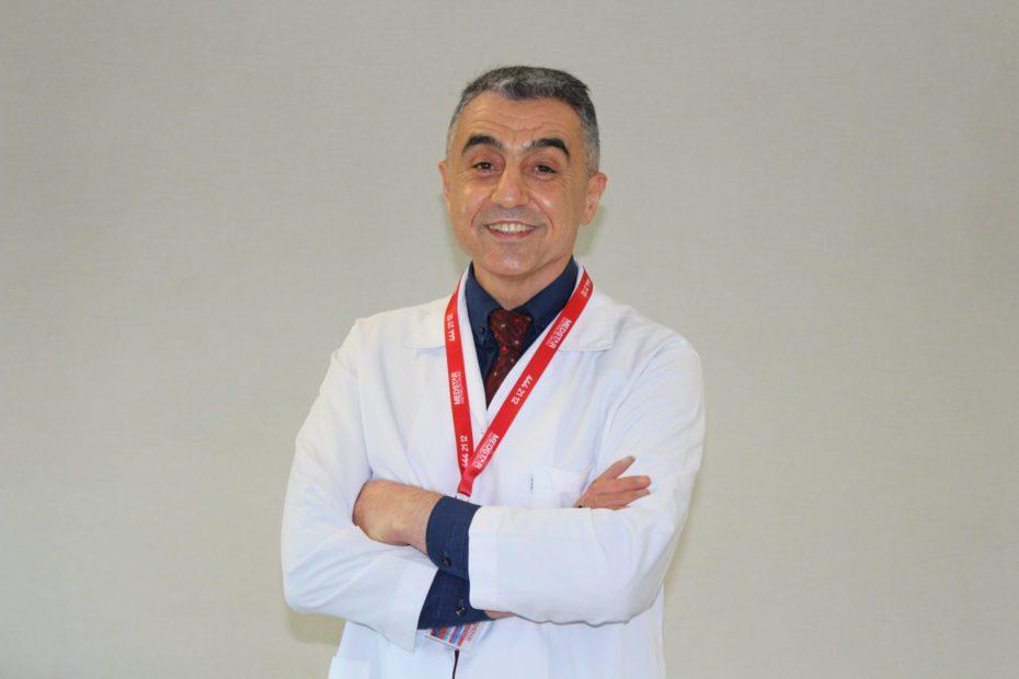 Hematolog Prof. Dr. Mustafa Çetin, Covid-19 döneminde kan kanseri ve lenf kanseri hastalarının dikkat etmesi gerekenler hakkında bilgi verdi.