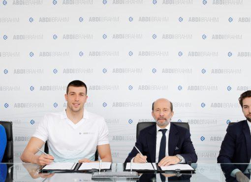 Abdi İbrahim, Emre Sakcı'nın başarı yolculuğuna, dört yılı kapsayan uzun soluklu bir sponsorluk anlaşmasıyla destek verme kararı aldı.