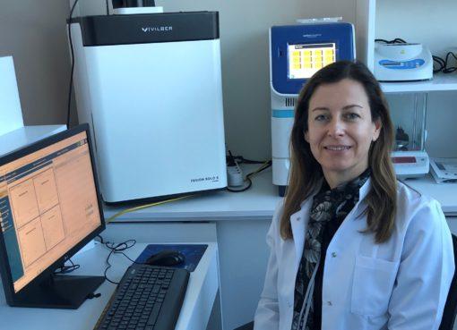 Prof. Dr. Gülşah Çeçener, kişiye özgü etkin tedavi modellerine destek olabilecek moleküler testler üzerine yoğunlaştıklarını söyledi...