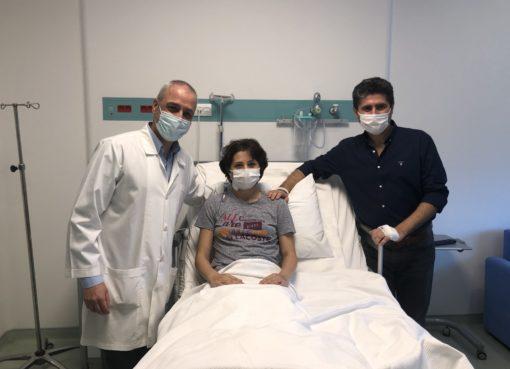 İlona Özbay, bundan tam 20 yıl önce Hepatit B virüsü ile karşılaştı. Okulun basketbol takımında yer alan aktif olarak sporla ilgilenen genç kadın şikayetlerinin artması sonucu sporu bıraktı.