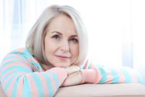 Menopoz döneminde özellikle kilo alımı genetik yatkın olan kadınları daha çok etkiler. Bu dönemde obezite oranları daha yüksek görülür.