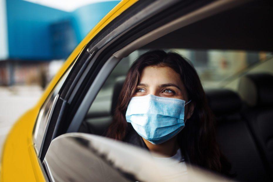 Uber, Türkiye'deki aşılama sürecine destek olmak amacıyla başlattığı kampanyanın kapsamını genişletti. Kampanya çerçevesinde, İstanbul ve Ankara'da Covid-19 aşısı yapan bütün özel hastaneler ve devlet hastanelerine gidiş dönüş için herkese UBERAŞI koduyla iki ücretsiz yolculuk hediye ediliyor.