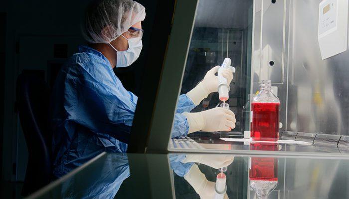 Sanofi, dünyanın ilk mRNA Aşıları Mükemmeliyet Merkezi'ni kurdu. mRNA Center of Excellence, yılda 400 milyon Avro yatırımla faaliyette olacak.